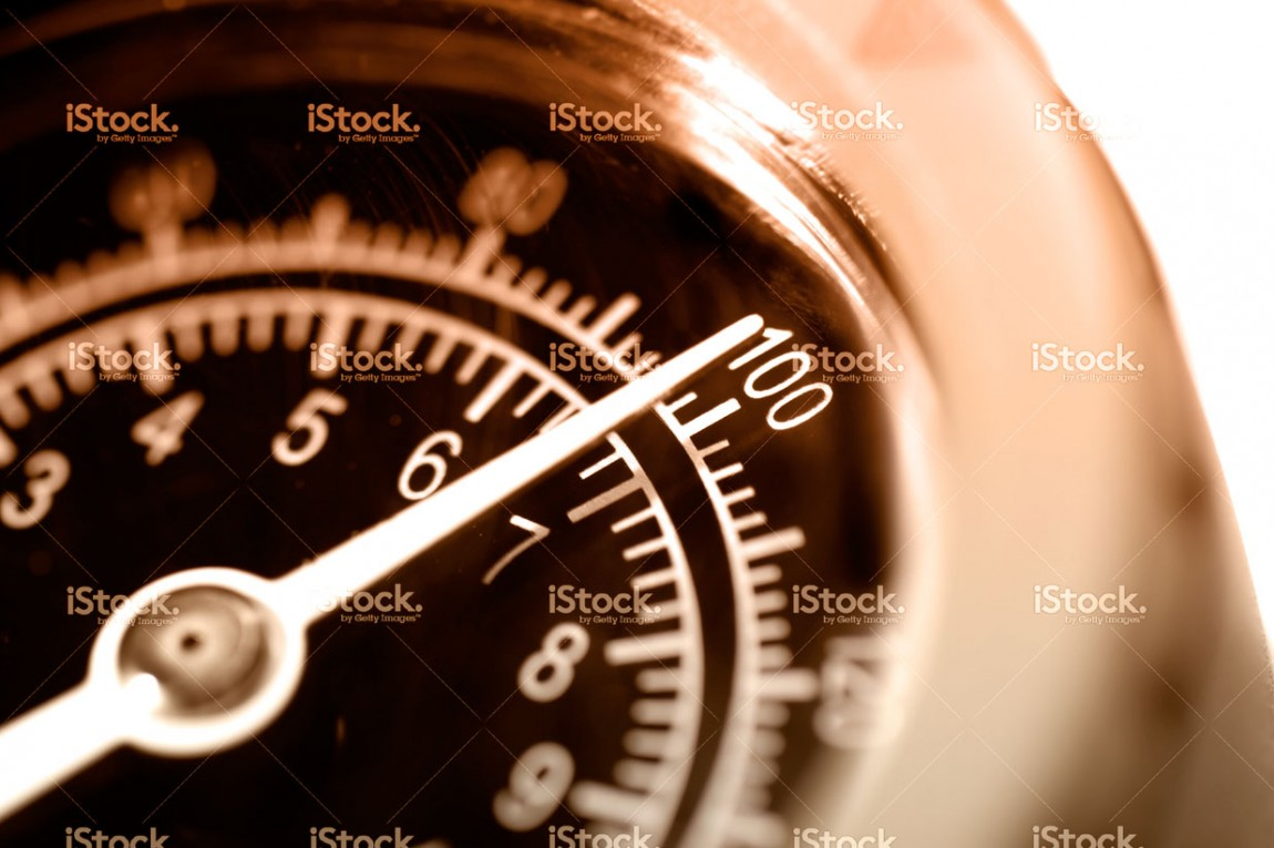 stock-photo-15880021-pressure-gauge-dial-at-100.jpg